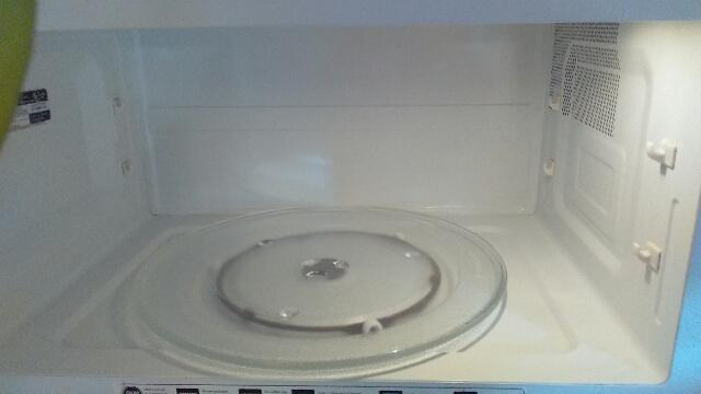 one-source-cleaning-fort-collins-jill.barends.970-818-3313-microwave-after-pic